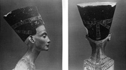 One of the most important donations: The bust of Nefertiti